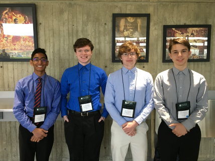 UHS students attending 2017 World Food Prize Iowa Youth Institute